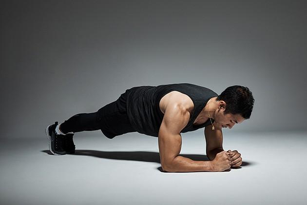 Plank tập bụng cho nam
