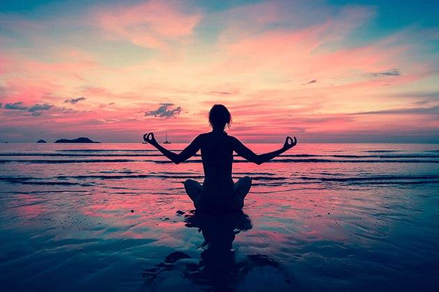 Tập Yoga buổi tối giúp ngủ ngon