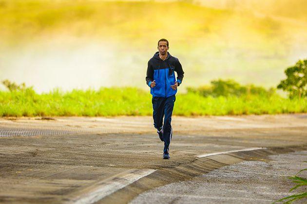 Chạy bộ buổi sáng sung sức hơn