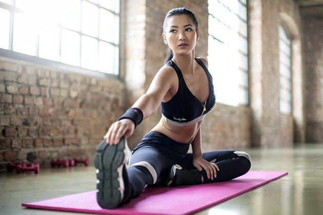 Giãn cơ sau khi tập Gym
