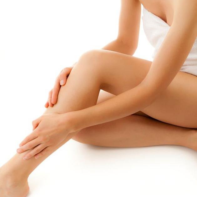 Massage giảm mỡ chân