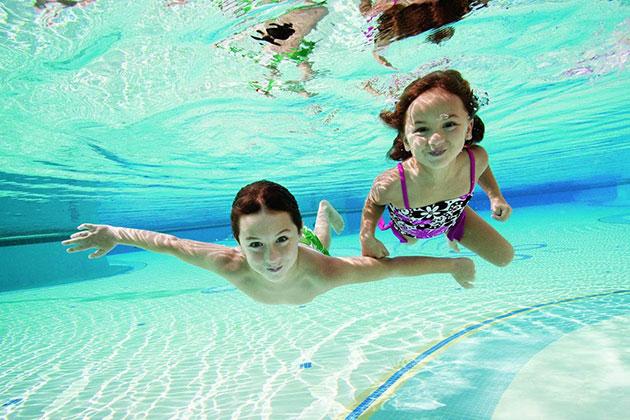 Bơi giúp tăng chiều cao