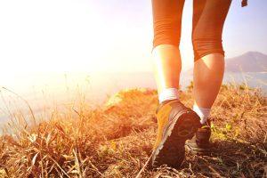 Lợi ích của đi bộ buổi sáng là gì? Bí quyết đi bộ đúng cách?