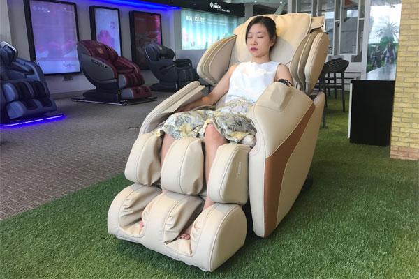 Có nên mua ghế massage cũ không?