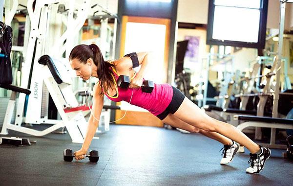 Tập thể dục giúp cải thiện vóc dáng đáng kể