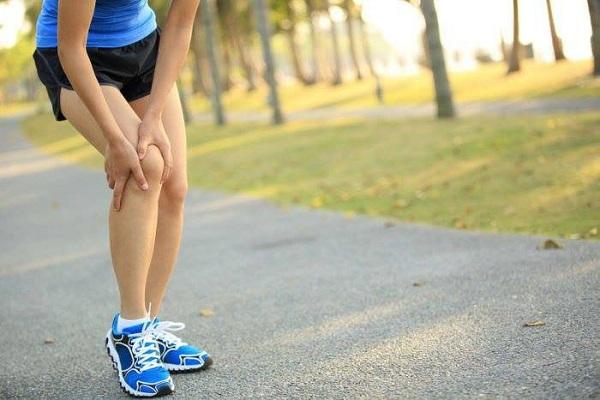 Nén động mạch khoeo là tình trạng thường gặp khi chạy bộ